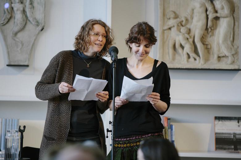 Silke Kleemann und Katja Huber eröffneten den Festivaltag.