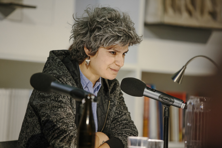 Rania Mleihi, Dramaturgin und Regisseurin aus Syrien, ist seit 3 Jahren in Deutschland.